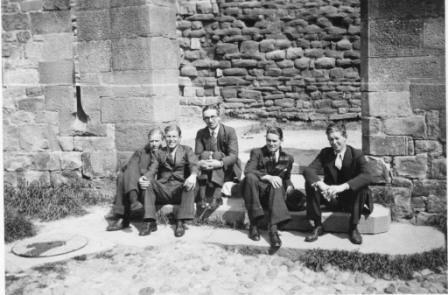 Seppelt y Gee junto a unos compatriotas en Toledo a mediados de julio de 1936