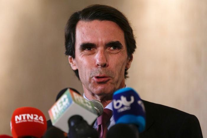 El chapoteo nacionalista y el apaciguamiento Español