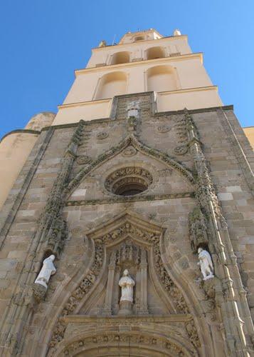 Resultado de imagen de iglesia villafranca de los barros guerra civil