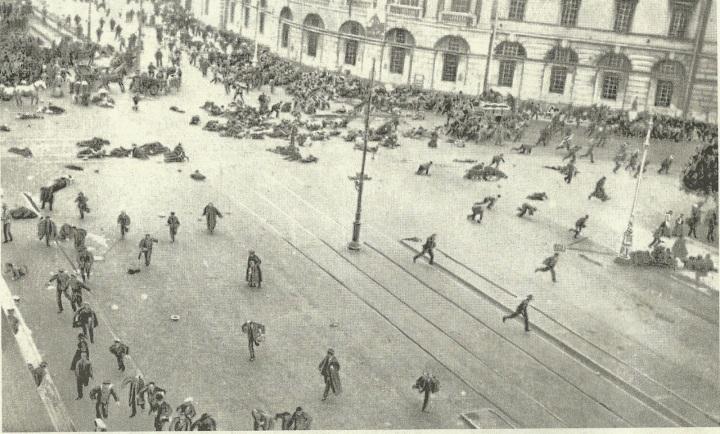 Resultado de imagen de 1917 palacio de invierno