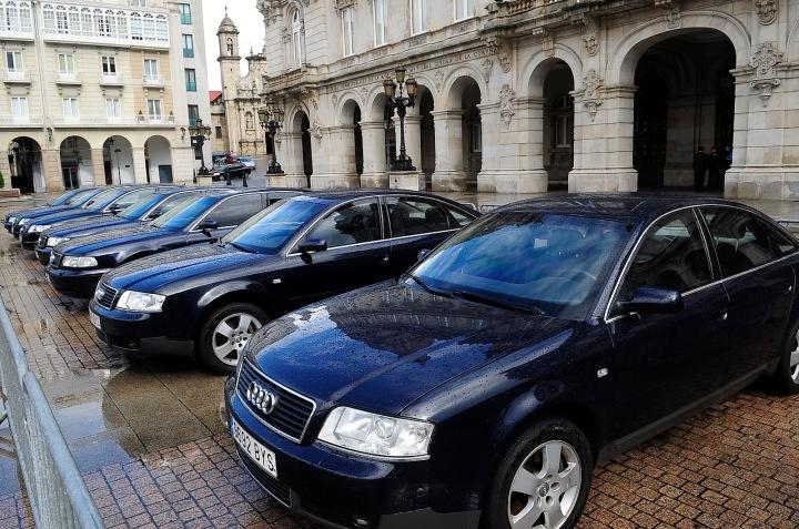 Resultado de imagen de coches oficiales