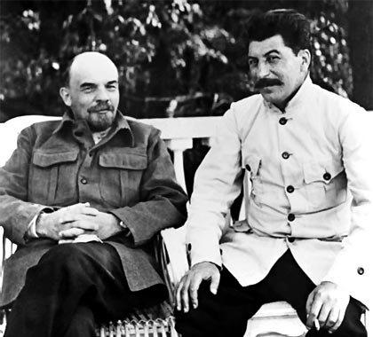 lenin-y-stalin-en-1922
