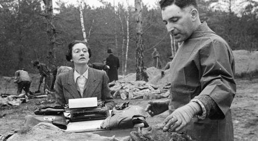 Restos humanos extraídos de las fosas de Katyn