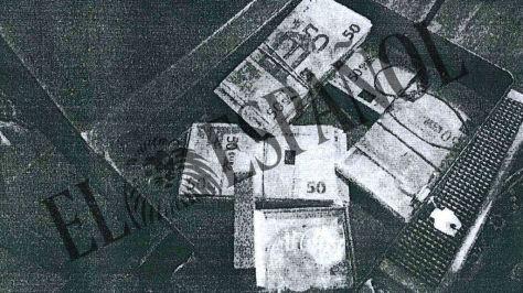 Fajos de billetes en la caja fuerte de José Angel Fernández Villa