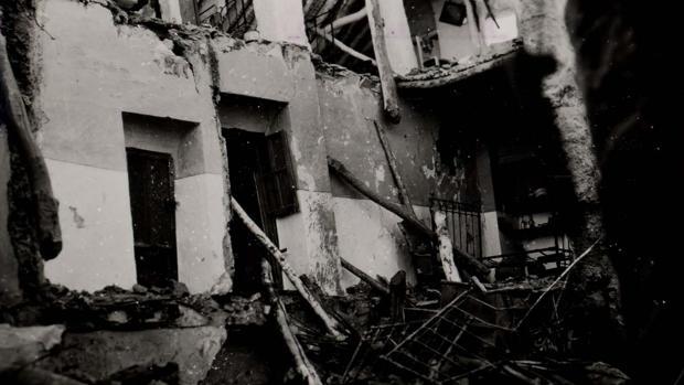 Una casa de Cabra destruida por el bombardeo del 7 de noviembre de 1938
