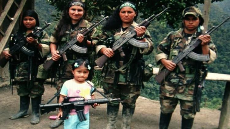 Unas 365 excombatientes de las FARC conformaron la Corporación Rosa Blanca para denunciar la violencia sexual al interior de la guerrilla.