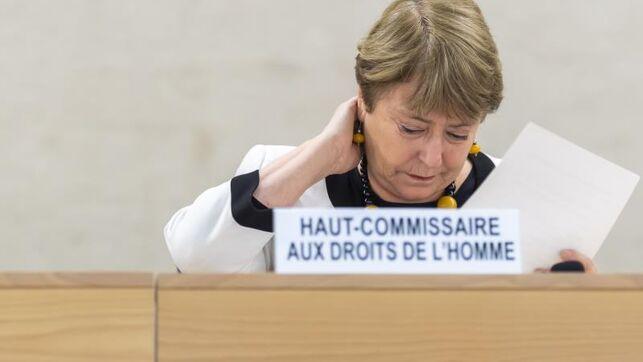 """Bachelet denuncia """"intimidaciones"""" a periodistas durante la pandemia de COVID-19"""