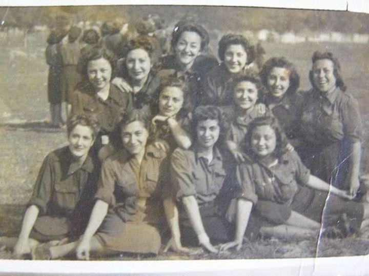 Sección femenina de la Falange valenciana