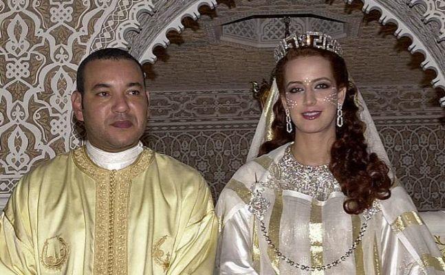 Mohamed VI el día de su boda con la princesa Lalla Selma
